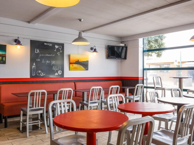 Ibis Budget Les Sables D Olonne Hotel 50 Rue Eric Tabarly Olonne Sur Mer 85100 Les Sables D Olonne Adresse Horaire