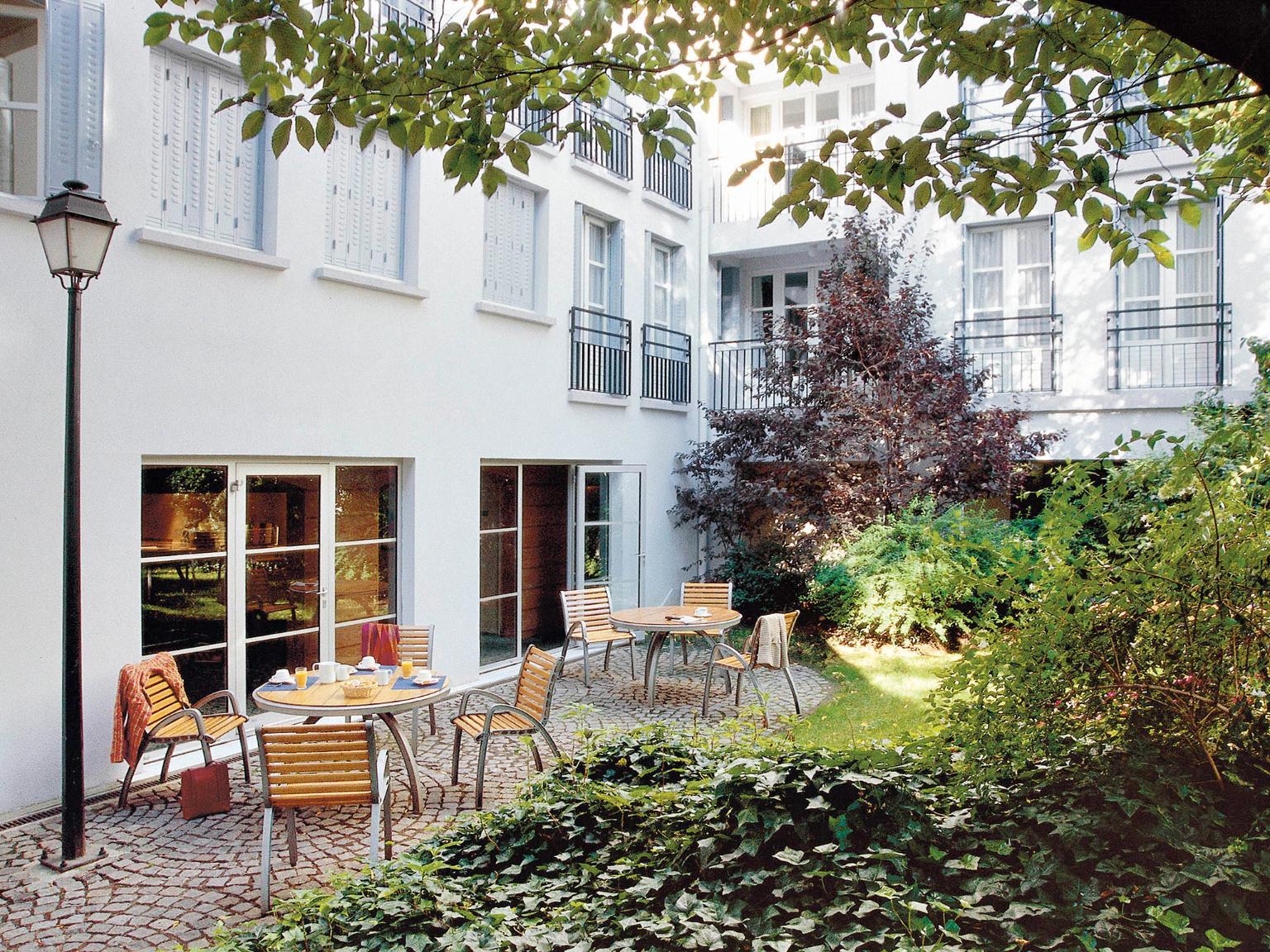 Aparthotel adagio paris montmartre h tel 10 place - Parking porte de clignancourt paris 18 ...