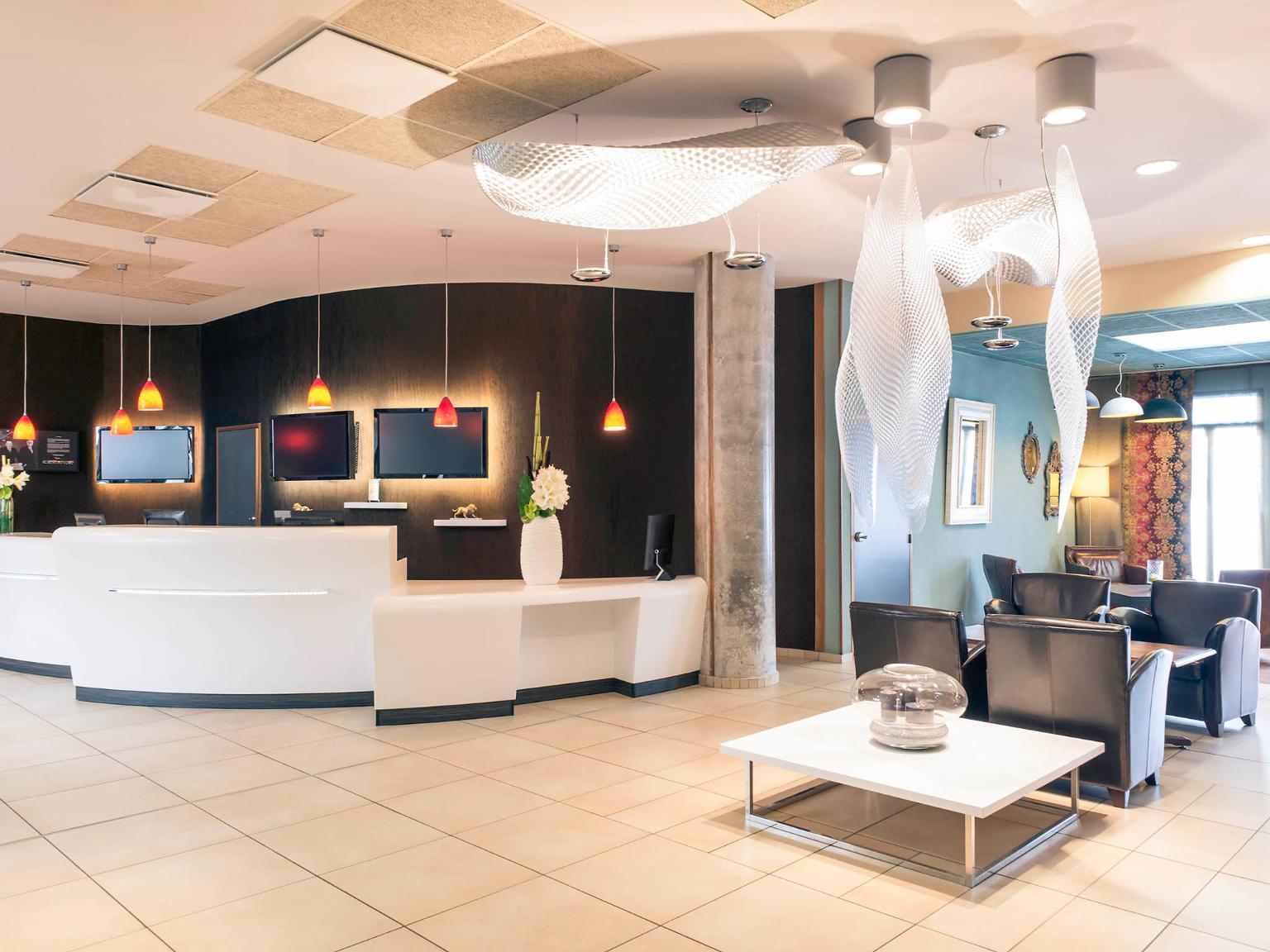 H U00f4tel Mercure Lyon Centre - Gare Part-dieu - H U00f4tel  50 Rue De La Villette 69003 Lyon