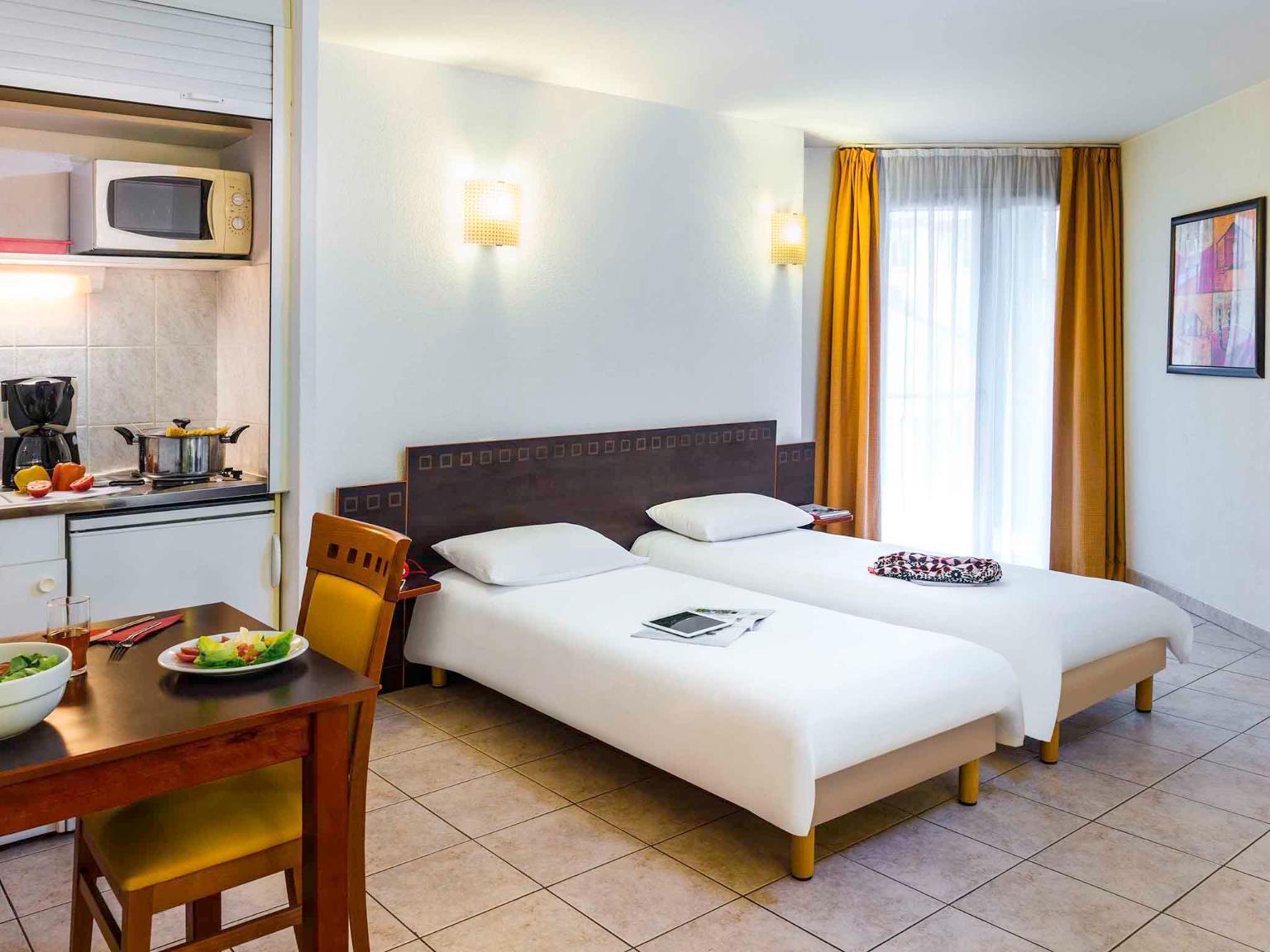 Aparthotel adagio access nice acropolis h tel 42 boulevard risso 06000 nice adresse horaire - Hotel meuble au mois nice ...