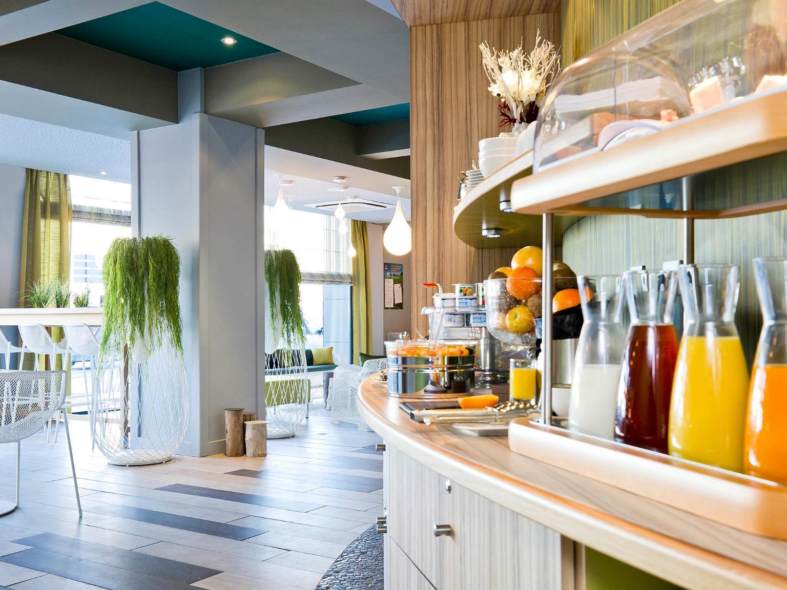 aparthotel adagio caen centre h tel 1 quai eugene meslin 14000 caen adresse horaire. Black Bedroom Furniture Sets. Home Design Ideas