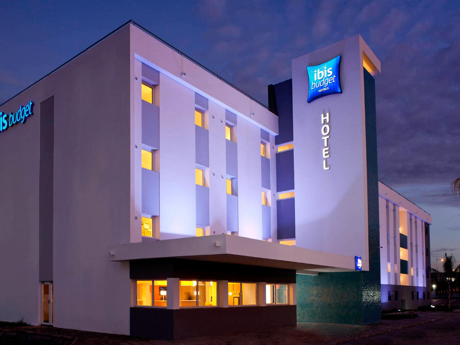 Ibis budget marseille timone h tel 69 boulevard for Appart hotel 13005