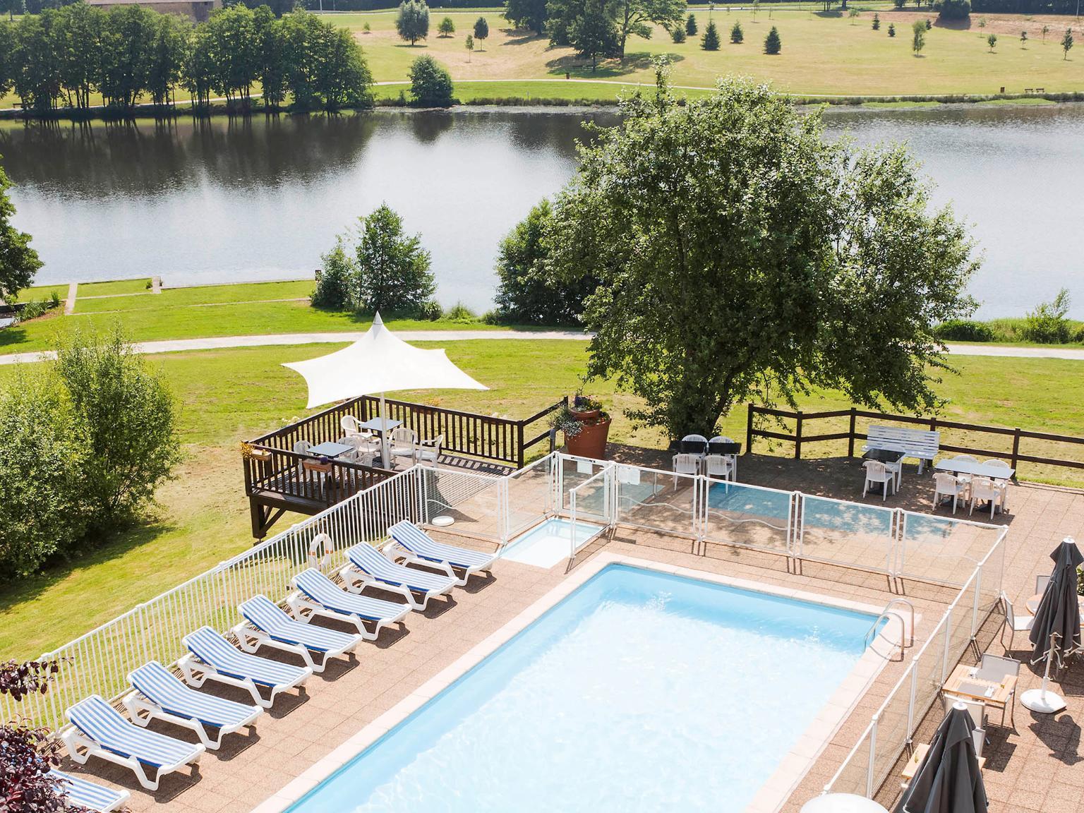 novotel limoges le lac h tel 2 avenue d 39 uzurat parc d 39 activit s nord jaune 87000 limoges. Black Bedroom Furniture Sets. Home Design Ideas
