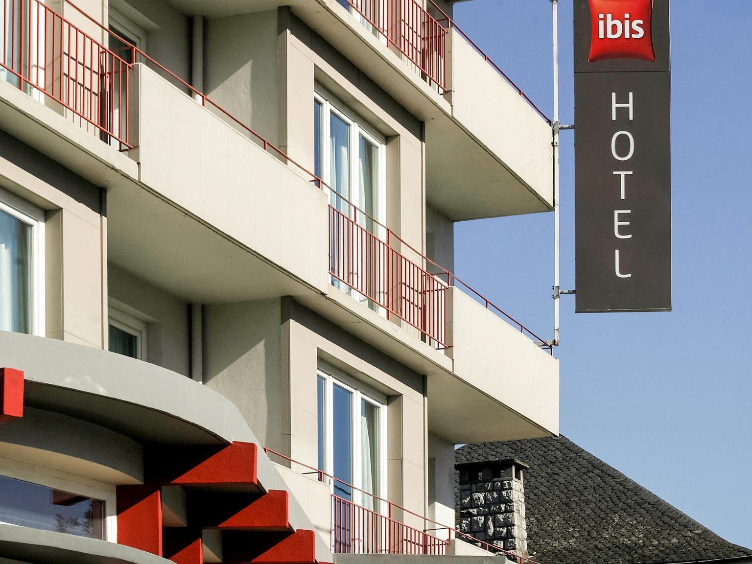 ibis brive centre h tel 32 rue marcelin roche 19100. Black Bedroom Furniture Sets. Home Design Ideas