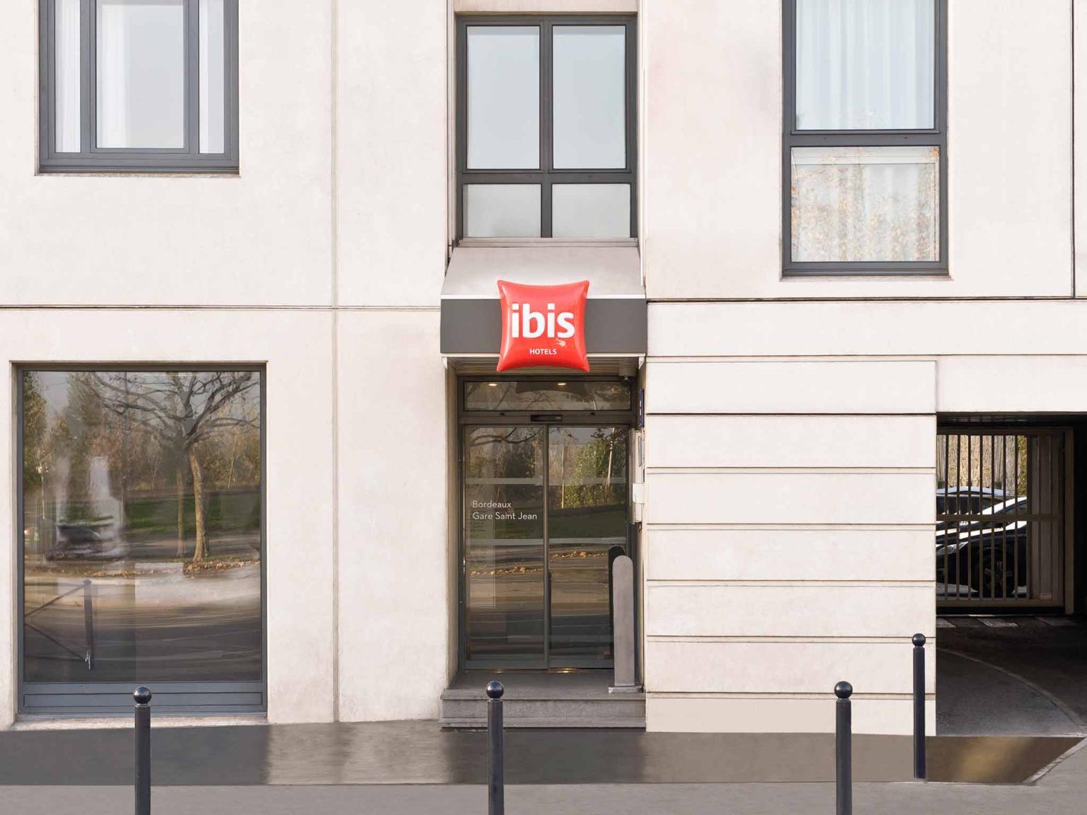 ibis bordeaux centre gare saint jean h tel 19 quai de paludate 33000 bordeaux adresse horaire. Black Bedroom Furniture Sets. Home Design Ideas