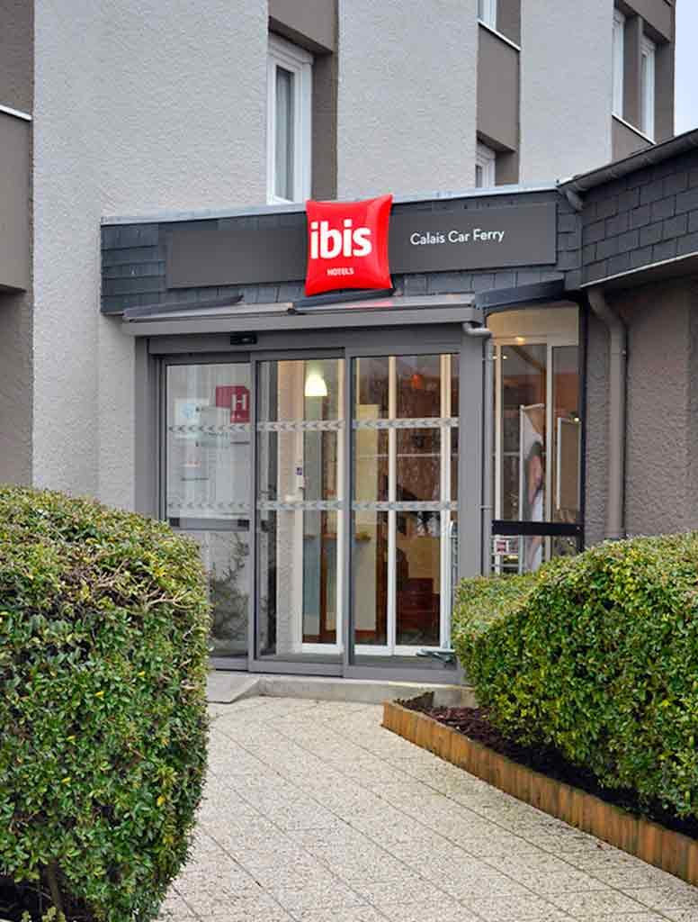 ibis calais h tel 2 rue greuze quartier beau marais. Black Bedroom Furniture Sets. Home Design Ideas