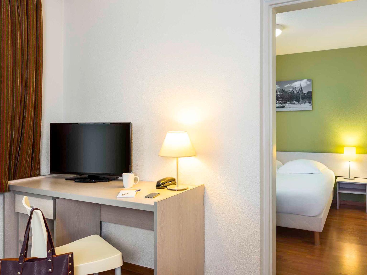 Aparthotel adagio access rennes centre h tel 35 rue d for Apparthotel 35