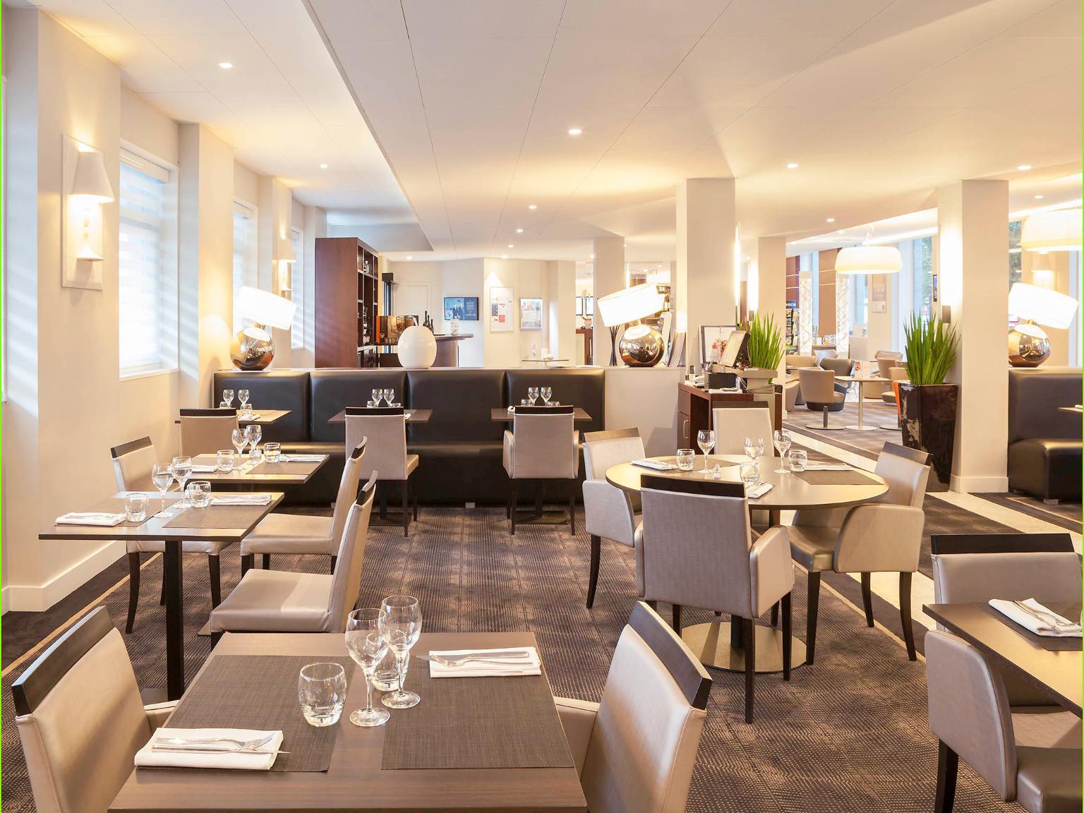 Novotel spa rennes centre gare h tel 22 avenue janvier for Hotel design rennes