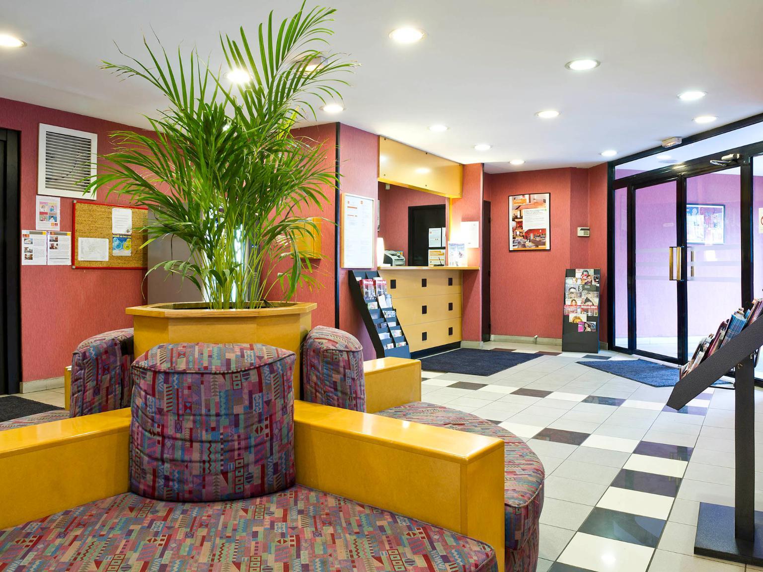 aparthotel adagio access paris maisons alfort h tel 13. Black Bedroom Furniture Sets. Home Design Ideas