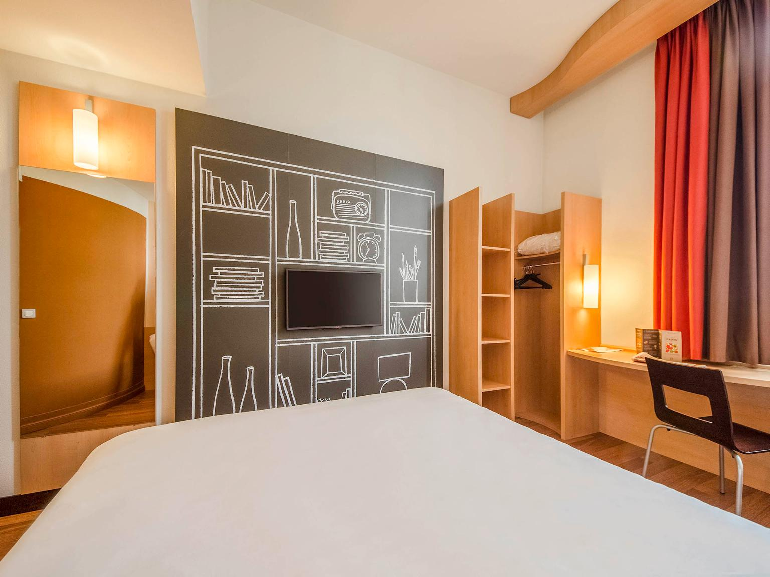 Hotel Ibis En Dordogne
