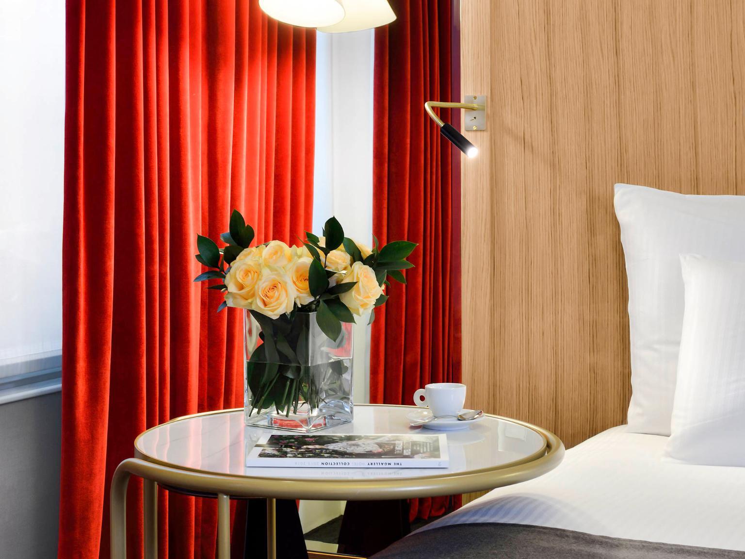 h tel l 39 chiquier op ra paris mgallery by sofitel. Black Bedroom Furniture Sets. Home Design Ideas
